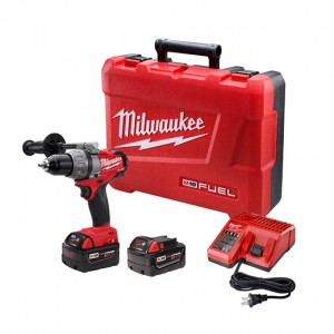 Milwaukee M18 Fuel 1-2inch Drill Driver Kit